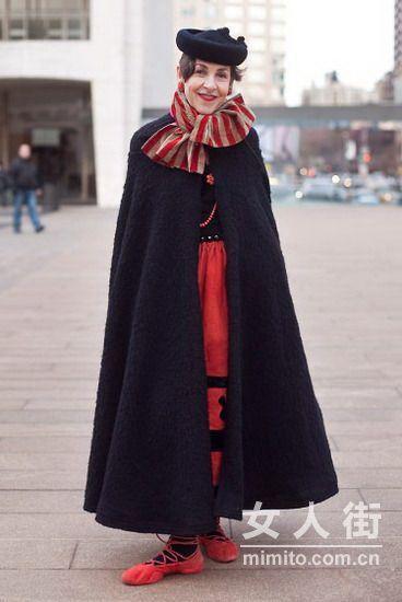 街拍时装周 场外最戏剧性时髦装束